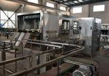 Machine de remplissage liquide automatique de boisson/ligne remplissante
