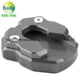 Motorrad-Auto-Fuss-Auflage mit gekennzeichnetem CNC-Prägemaschinell bearbeitenservice