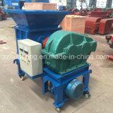 El pequeño neumático que recicla la máquina, corte del papel usado de Ministerio del Interior recicla la máquina, desfibradora de la chatarra