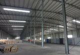 간이 차고를 위한 가벼운 강철 구조물 또는 창고 또는 작업장