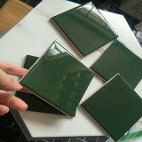 Neue grüne Farben-kleine Fußboden-Wand-Dekoration glasig-glänzende keramische Badezimmer-Fliese der Ankunfts-100X100mm (LM1117)