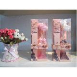 De mooie Vaas van het Glaswerk met de Olie van de Geur voor de Reeks van de Gift van de Verspreider van het Riet van het Huis