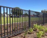 Cerca soldada decorativa al aire libre del jardín del hierro labrado