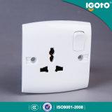 Socket de pared ligero multi eléctrico de 3 Pin del nuevo diseño del estándar británico E16 de Igoto