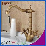 Fyeer латунное удваивает кран смесителя Wasserhahn воды Faucet тазика мытья Syle ручки ретро