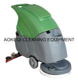 Weg hinter Fußboden-Wäscher-Trockner-Fußboden-Waschmaschine
