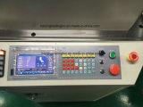 Máquina de la calcetería del ordenador con la conexión del dispositivo