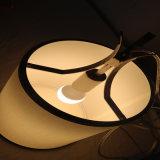 La moda de metal redondo blanco Comedor poligonal lámpara colgante