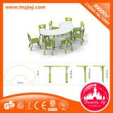 Stärkerer Plastik scherzt quadratische Tische und Stühle für Vortraining