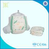 중국 아기 재료 Clothlike 뒤 마술 테이프 처분할 수 있는 우수한 졸리는 아기 기저귀