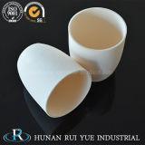 99.7% crogiolo di ceramica dell'allumina di elevata purezza per il forno di fusione a temperatura elevata