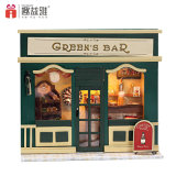 2017 New Design Wooden Doll House