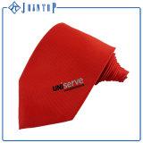 高品質の絹のネクタイ、赤い首のタイ