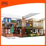 Cour de jeu d'intérieur de Mich pour le jardin d'enfants