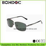 Os homens Metal óculos de sol polarizados dos aviadores UV400