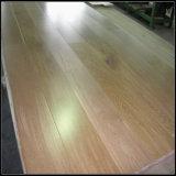 Pisos de madera de roble de ingeniería resistente al agua y suelos de madera