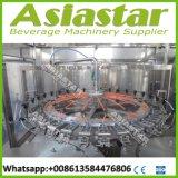 Automático de acero inoxidable personalizada potable embotellada máquina de llenado de agua