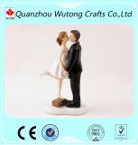 Figura divertida decorativa primeros de los amantes de la resina de la torta de boda
