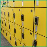 Casier de gymnastique de porte du fléau 4 du jaune 2 de bonne qualité avec le blocage de Digitals de carte d'identification