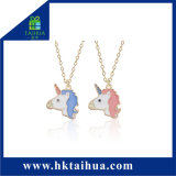 Collana calda dell'unicorno dell'elemento del regalo di vendita 2018 con il collegamento Chain del metallo