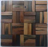 Mosaico de madera viejo de la decoración de la barra de café