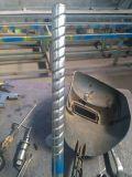 鉄のクラフトのための機械によって通される管機械をねじる管