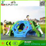 Fornecimento de trepar Parque Infantil Piscina Play uma parede de escalada