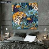 Impression sur toile Tiger and Crow Picture