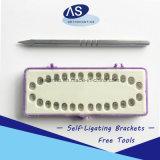 Auto ortodontico di stile di Damon Q del prodotto dentale che lega parentesi con l'amo 345