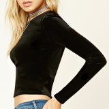女性方法ビロードの長い袖はTシャツのブラウスをショートさせる