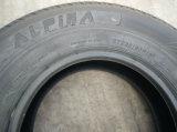 AlpinaのブランドのStrタイヤSt235/80r16