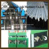A fatura do Guardrail da via expressa lamina a formação da máquina