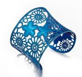 Joyería hueco de moda de acero inoxidable brazalete abierto flor de pun ¢ o
