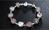 Antikes silbernes Charme-Armband mit Liebe und Blumen-Kristallkugel