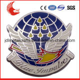 Emblema conhecido chapeado metal gravado feito sob encomenda do esmalte macio do logotipo