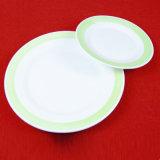 Saled caldo un insieme di pranzo di ceramica dell'orlo di colore