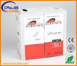 Prueba al aire libre de la platija del paso del cable UTP Cat5e de la red