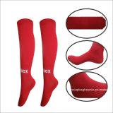 Fußball-Socken der neuesten kundenspezifischen Breathable Männer