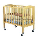 El pesebre portable de madera, pesebre plegable, muebles del bebé, embroma los muebles
