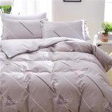 中国製工場卸し売り製造者ポリエステルMicrofiberの寝具