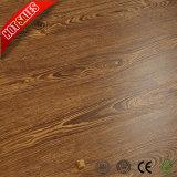 Holz-lamellenförmig angeordneter Bodenbelag-beste Preis-Qualität 8mm 7mm