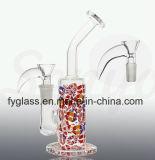 Tubulação de água de fumo de vidro com o cachimbo de água do vidro da etiqueta