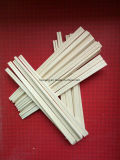 Deux baguettes en bois en bambou
