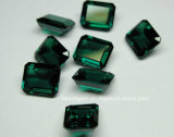 O laboratório criou Gemstones frouxos Emerald