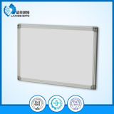 ペン皿と磁気Whiteboard Drywipe