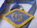 Het gouden Medaillon van de Vereniging van de Kust (zacht email)