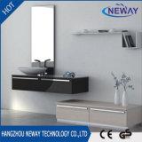 Governo di stanza da bagno fissato al muro della mobilia del PVC di nuovo disegno