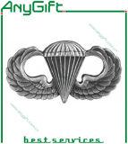 Pin Badge en métal avec Customized Logo et Color 44