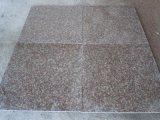 燃え立った中国の安い花こう岩G687/G664/G603/G654/G682はまたはHameredのタイルか平板またはカウンタートップまたは階段または立方体または縁石のペーバーの石砥石で研ぐか、または磨いたりまたはブッシュ