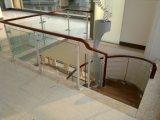 Prefab escadaria com 15mm de vidro temperado e Corrimão de PVC de madeira